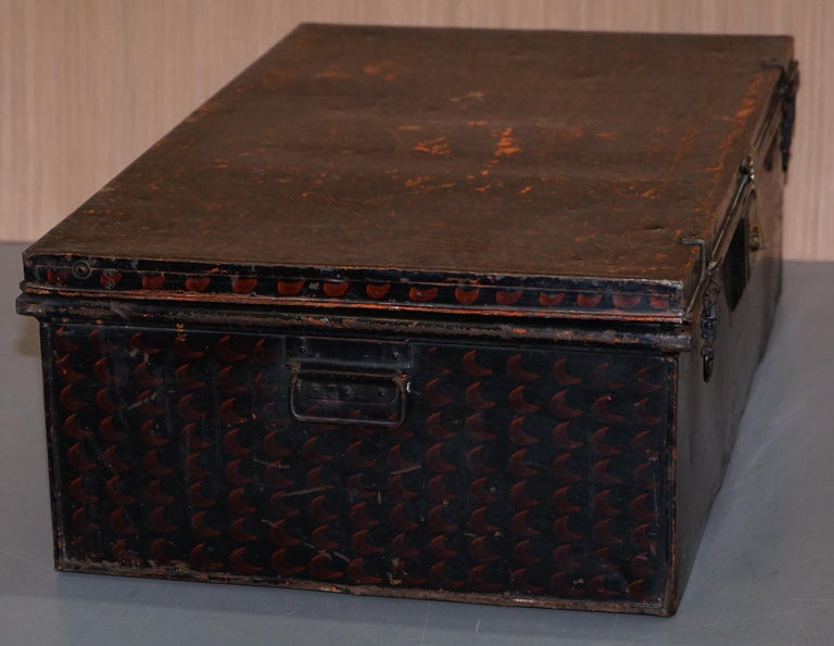 Rare African Campaign Military Metal Chest Luggage the Owomeji Jones Brothers For Sale 4