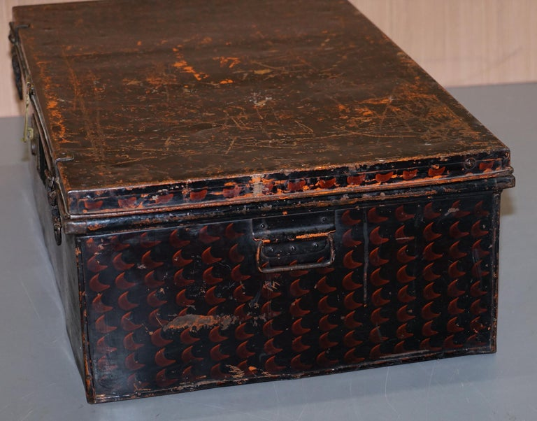 Rare African Campaign Military Metal Chest Luggage the Owomeji Jones Brothers For Sale 6