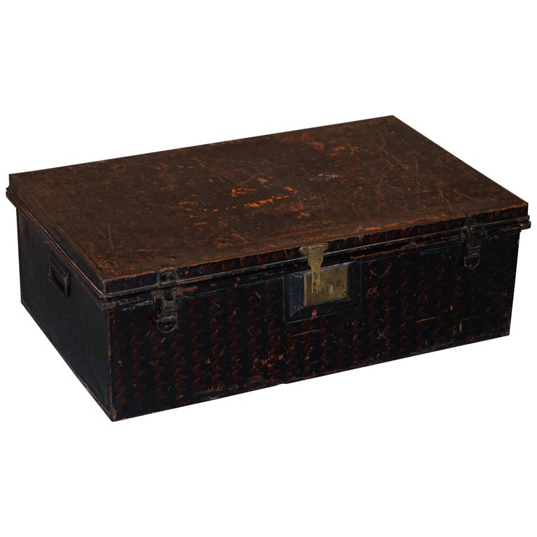 Rare African Campaign Military Metal Chest Luggage the Owomeji Jones Brothers For Sale