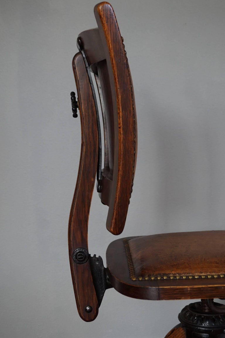 Rare American Arts & Crafts Desk or Drafting Chair by The Davis Chair Company In Good Condition In Lisse, NL