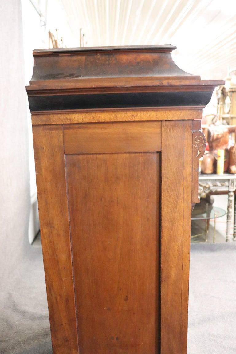 Rare American Victorian Renaissance Revival Burled Walnut Vitrine Bookcase C1870 For Sale 6