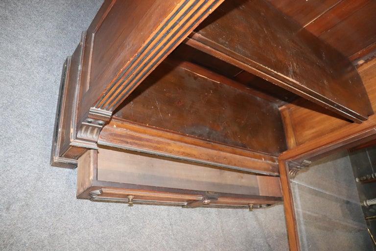 Rare American Victorian Renaissance Revival Burled Walnut Vitrine Bookcase C1870 For Sale 12