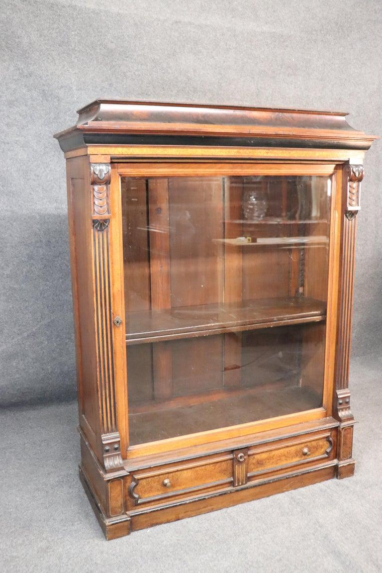 Rare American Victorian Renaissance Revival Burled Walnut Vitrine Bookcase C1870 In Good Condition For Sale In Swedesboro, NJ