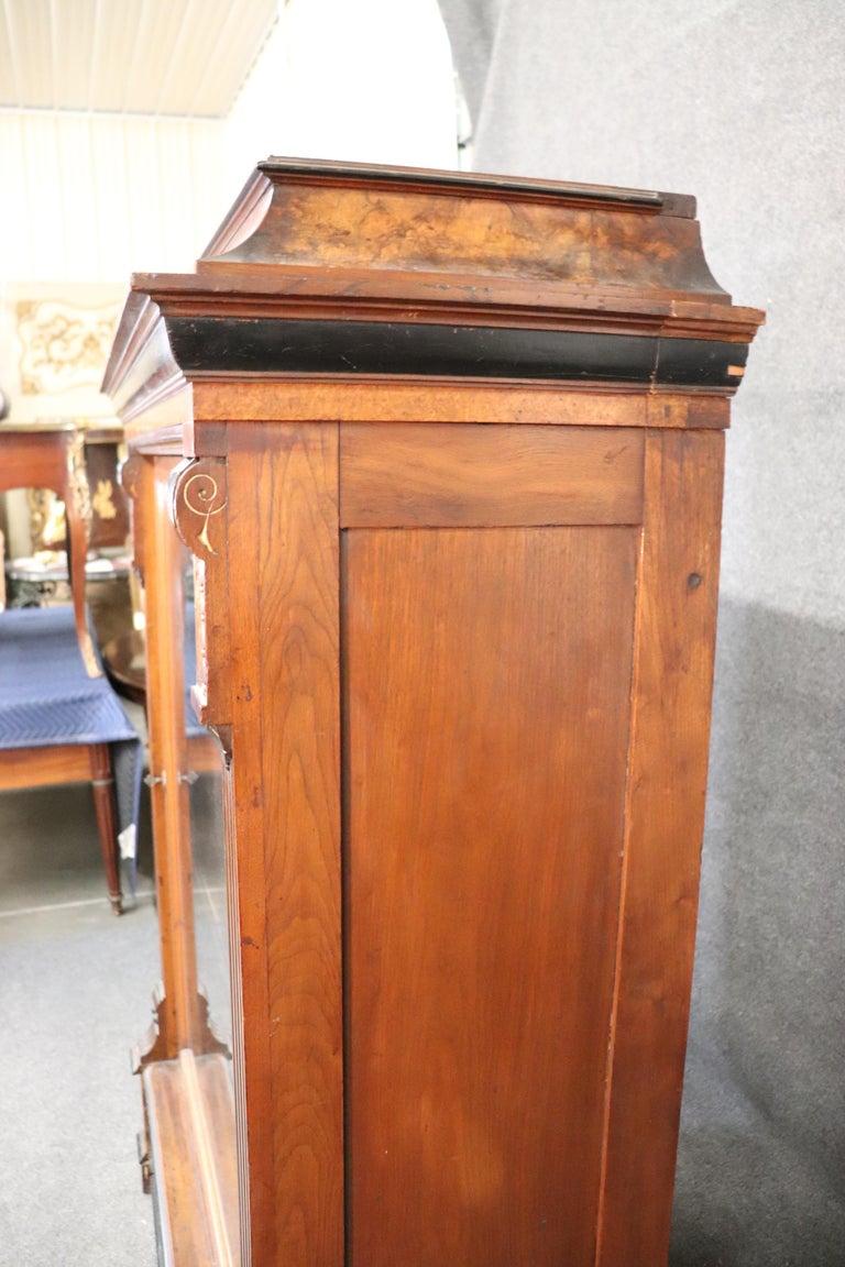 Rare American Victorian Renaissance Revival Burled Walnut Vitrine Bookcase C1870 For Sale 4