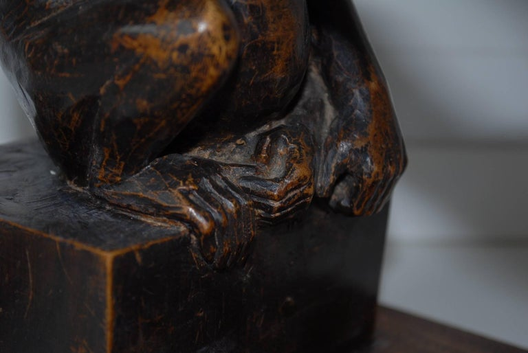 Rare and Decorative Carved Chimp, Monkey Wooden Table or Desk Lamp Early 1900 In Good Condition For Sale In Lisse, NL