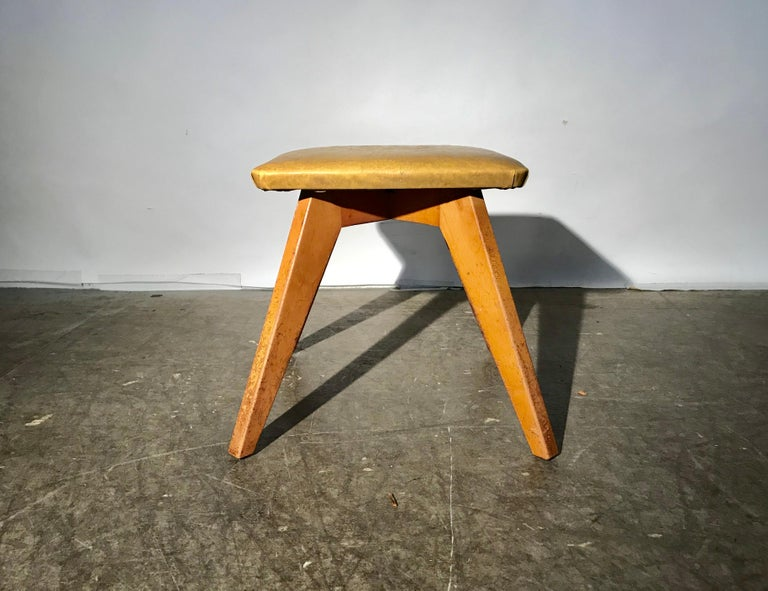 American Rare and Early Jens Risom Stool for Knoll Associates, New York City For Sale