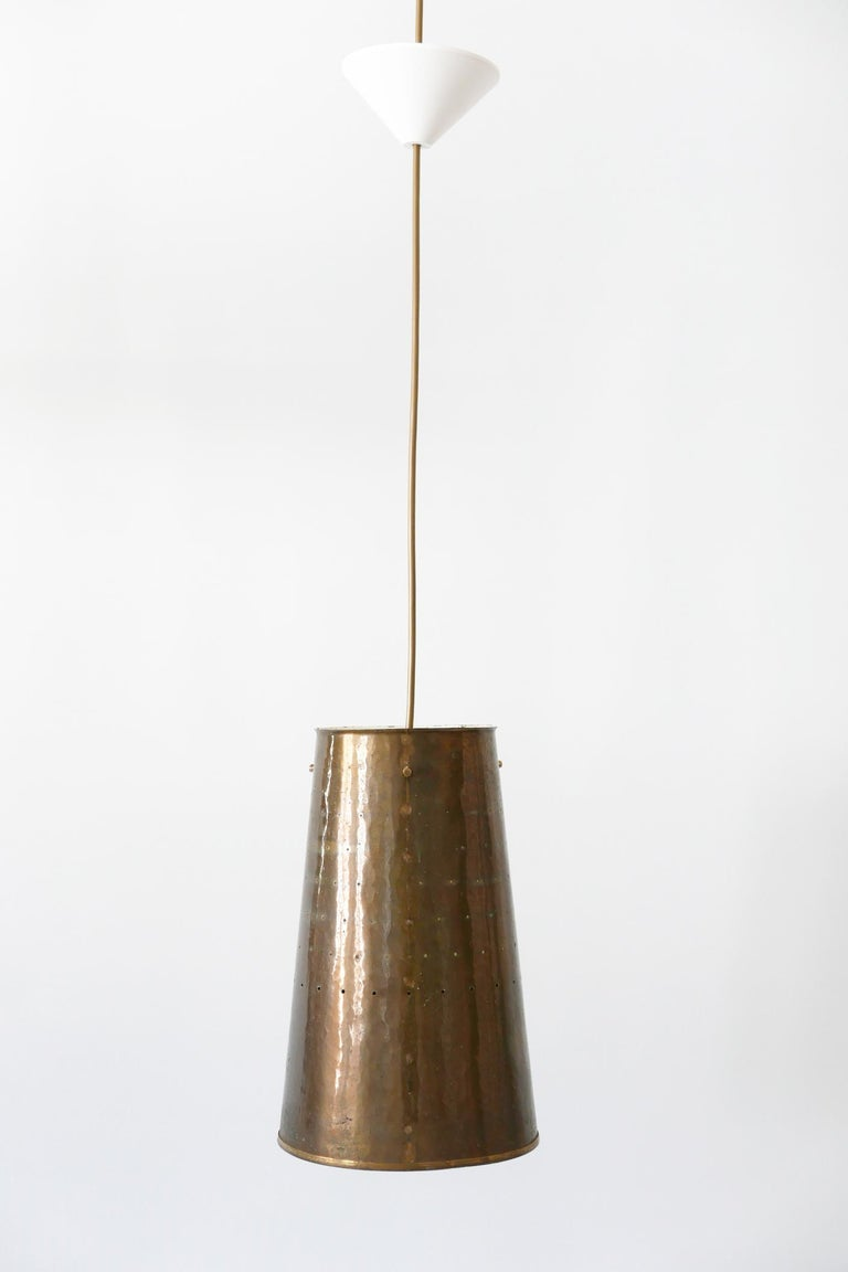Rare and Elegant Mid-Century Modern Brass Pendant Lamp, 1950s, Germany In Good Condition For Sale In Munich, DE