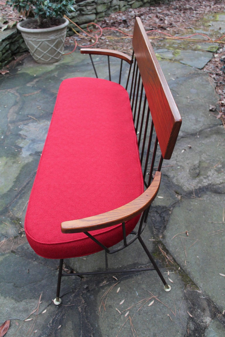Rare and Fantastic Selrite Three-Seat Settee with Red Wool Upholstery In Excellent Condition For Sale In Buchanan, MI