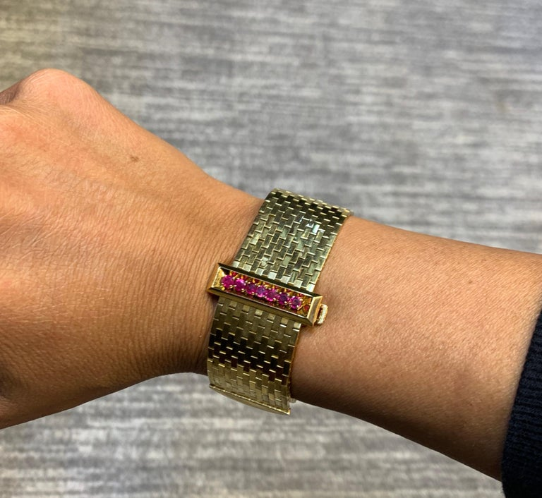 Rare and Iconic Van Cleef & Arpels Passe Partout Sapphire & Ruby Bracelet For Sale 5