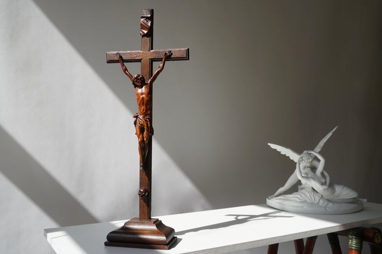 19th century crucifix or corpus Christi made from wood. Wooden cross with a nice patina and an exquisite shape. This item depicts the Christ in his last agony on the cross, after being crucified. Originates Belgium, dating circa 1880. Measure: