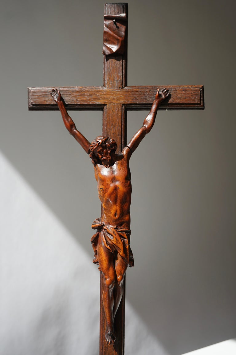 Rare and Remarkable Corpus Christi on a Decorated Wooden Cross with a Skull For Sale 2