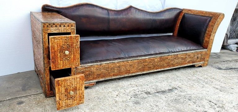 Rare and Unique Moroccan Leather Sofa or Bench For Sale 1