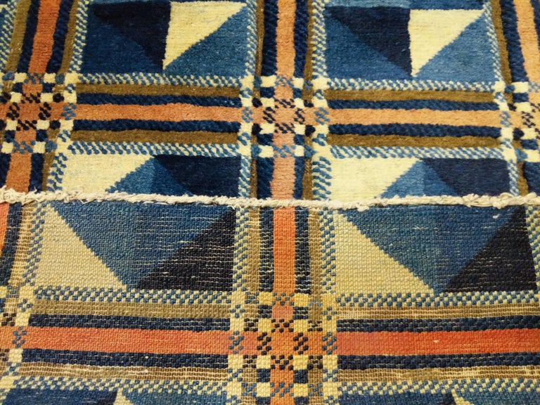 Rare and Unusual Art Deco Chinese Rug For Sale 3