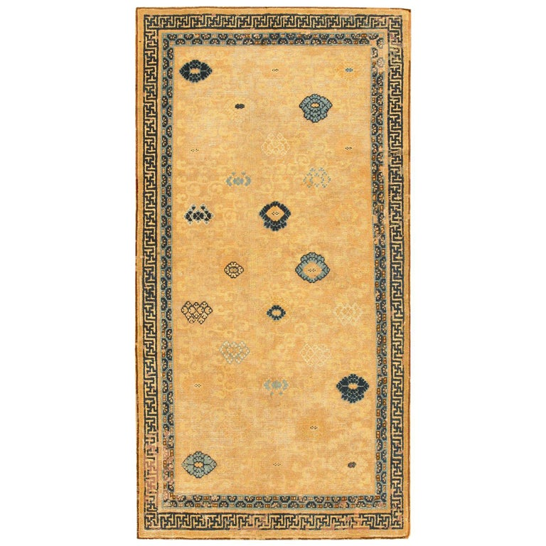 Rare Antique 17th Century Chinese Ningsia Rug. Size: 4 ft 7 in x 9 ft  For Sale