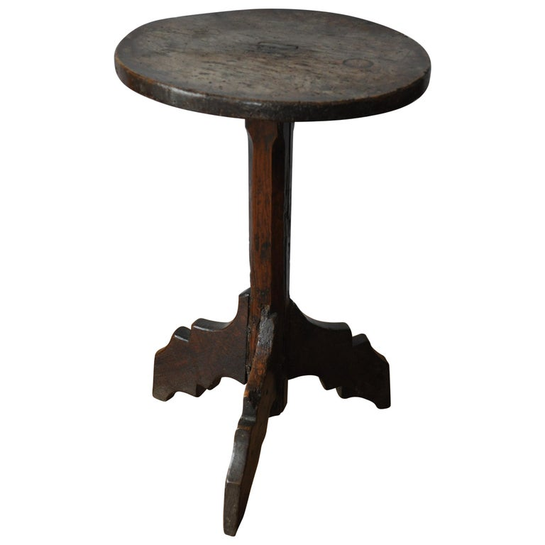 Rare antique French Haute Époque 16th century walnut Tripod Table / candle stand For Sale