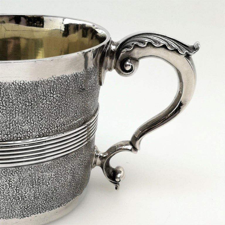 Rare Antique George III Georgian Sterling Silver Cup Two Handled 1802 In Good Condition For Sale In London, GB