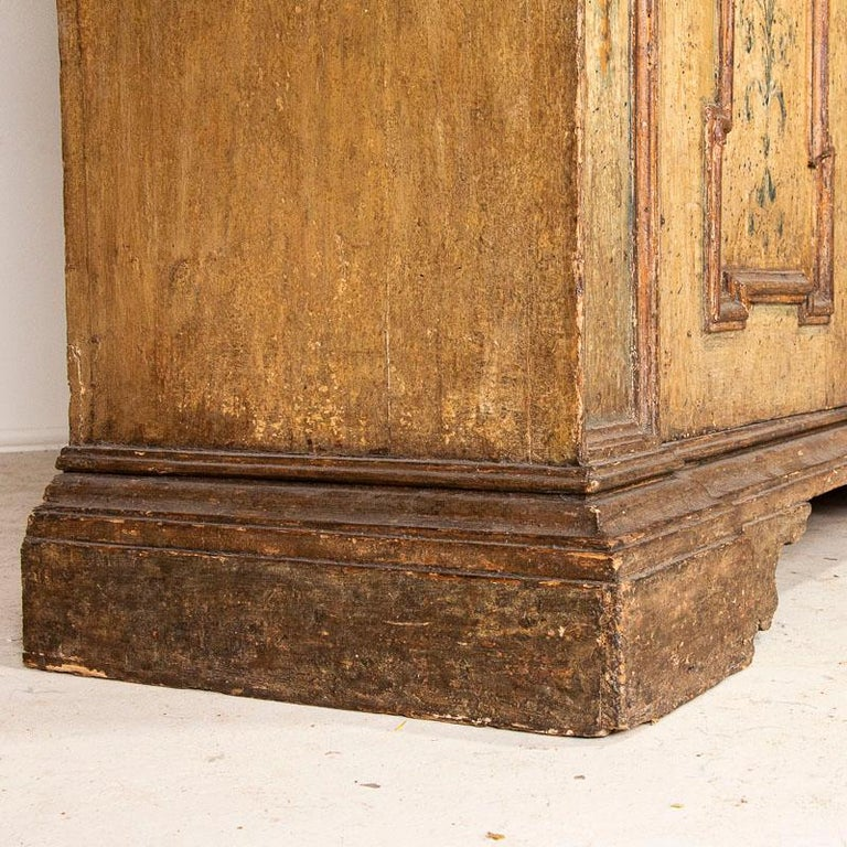 Rare Antique Original Painted Large Bookcase Display Cabinet, Italy Circa 1780-1 For Sale 6
