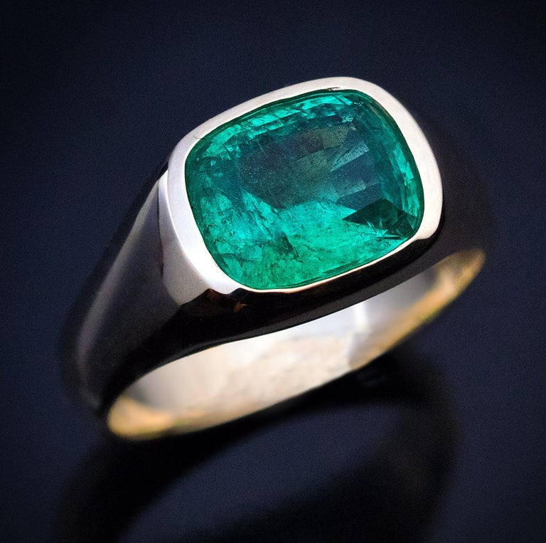 Rare Antique Russian Emerald Gold Unisex Ring For Sale 1