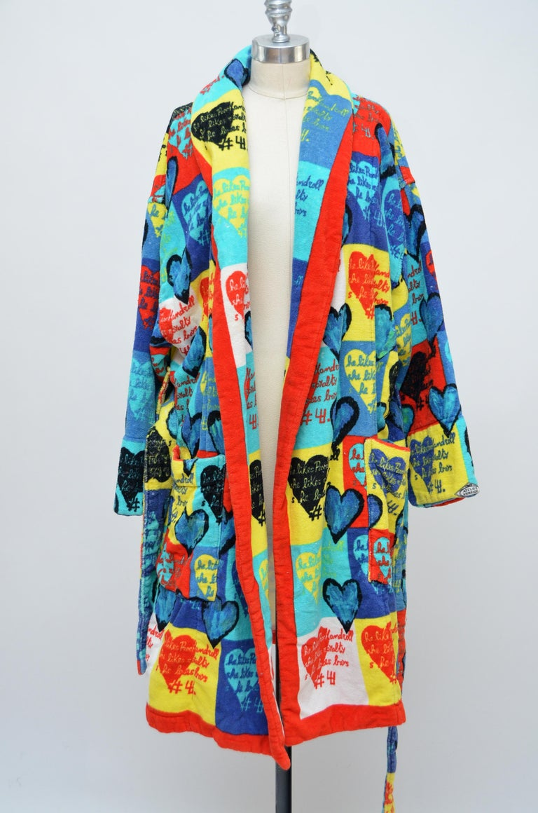 Rare Archive GIANNI VERSACE Atelier Heart Print  Robe   M   In Good Condition For Sale In New York, NY