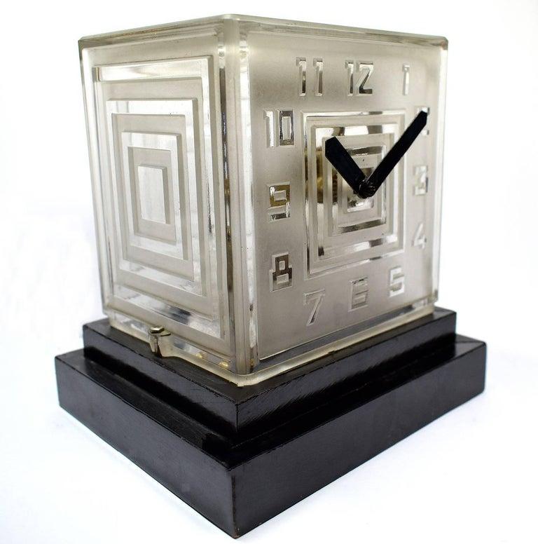 20th Century Rare Art Deco Bulle Glass Clock, Signed  P.M.Favre, 1930s For Sale