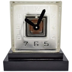 Rare Art Deco Bulle Glass Clock, Signed  P.M.Favre, 1930s