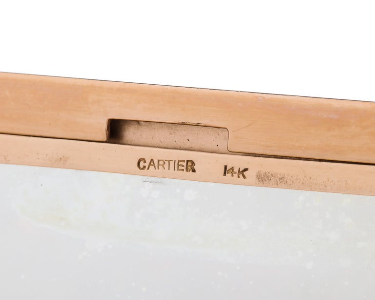 Rare Art Deco Cartier Vanity Case Compact Carved Coral Enamel Diamonds and Onyx For Sale 12