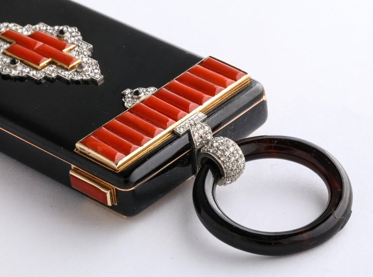 Rare Art Deco Cartier Vanity Case Compact Carved Coral Enamel Diamonds and Onyx For Sale 4