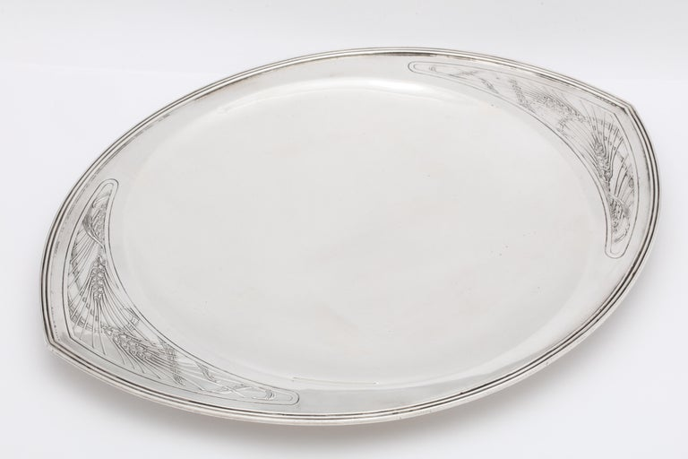 Early 20th Century Rare Art Deco Tiffany Sterling Silver Tray on Low Pedestal Base  For Sale