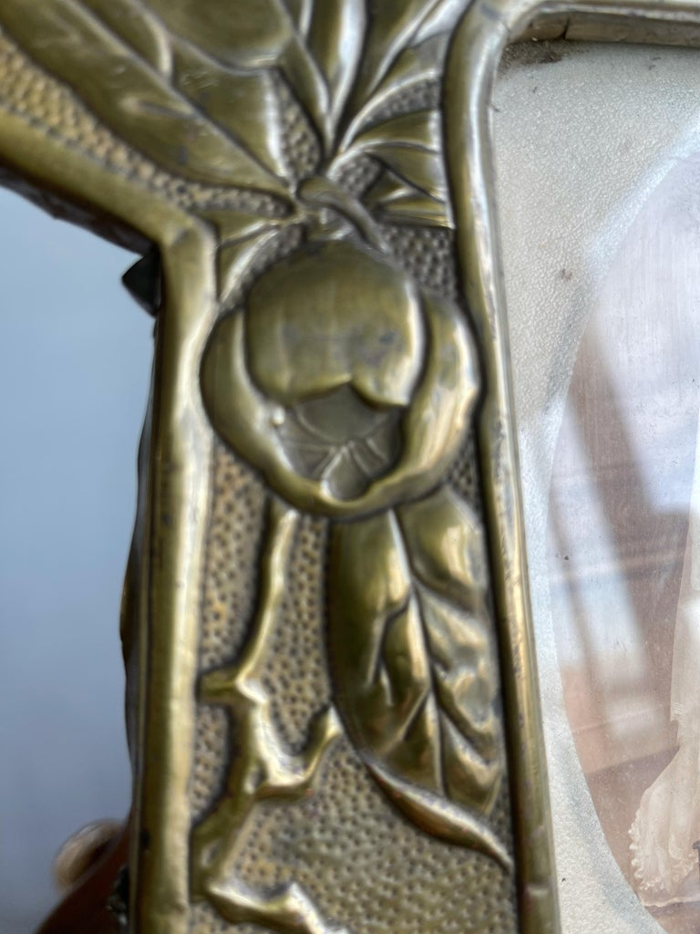 Rare Arts & Crafts Table Picture Frame with Embossed Brass Rose Hip and Leafs For Sale 10