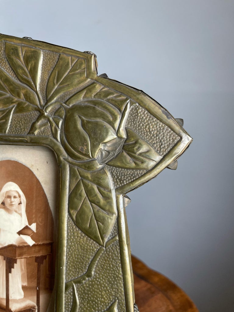 Rare Arts & Crafts Table Picture Frame with Embossed Brass Rose Hip and Leafs For Sale 11