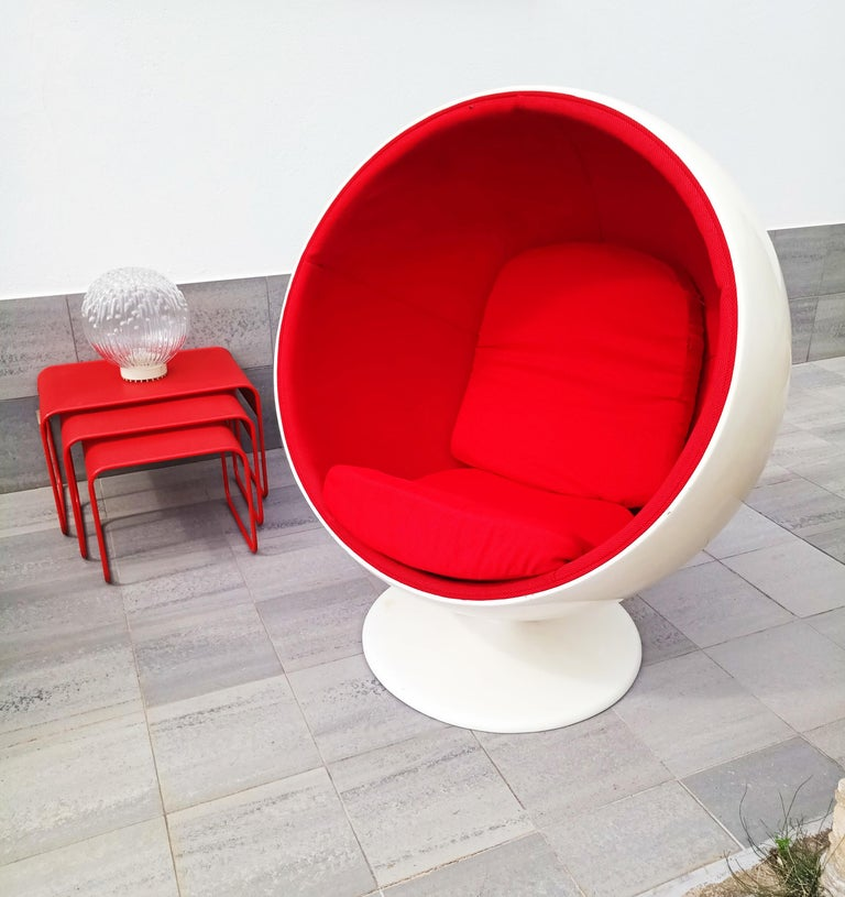 Beautiful and rare ball chair by Eero Aarnio and manufactured in Finland in 1980s . Attributed to Adelta. In very good vintage condition.