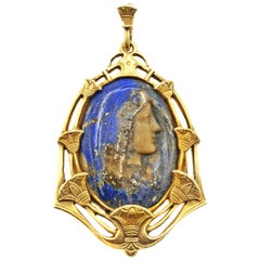 Rare Belle Époque Lapis Lazuli Madonna Virgin Mary Cameo 18 Karat Gold Pendant
