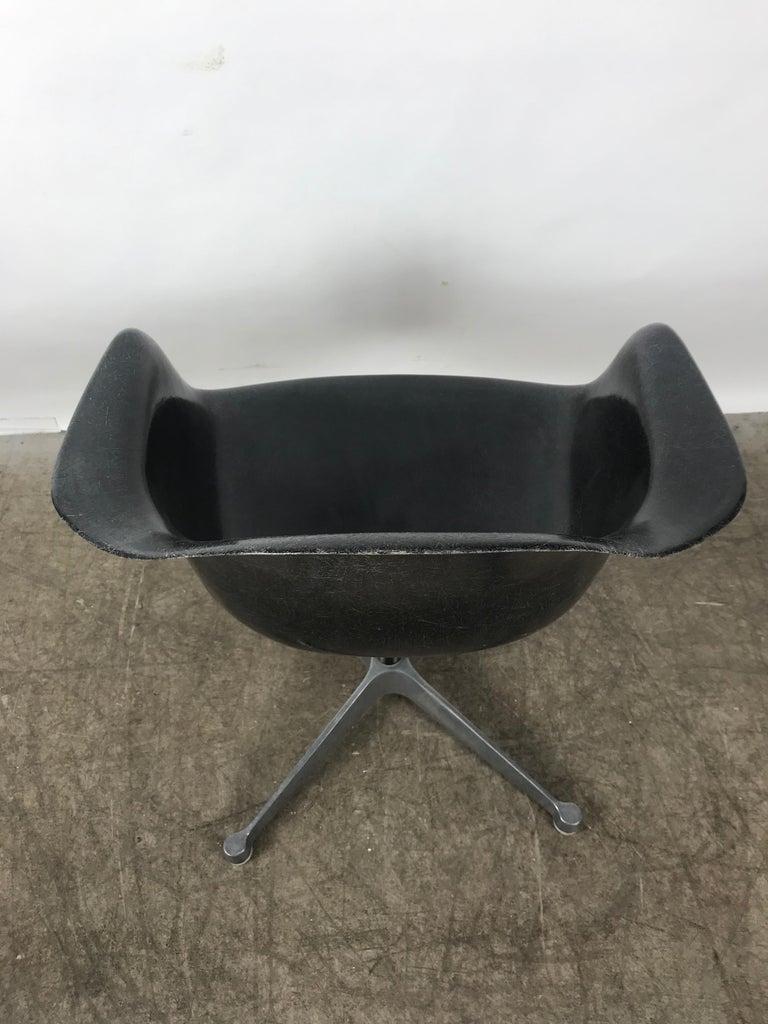 American Rare Black Fiberglass Tilt Swivel Arm Shell, Aluminium Base DAT by Charles Eames For Sale