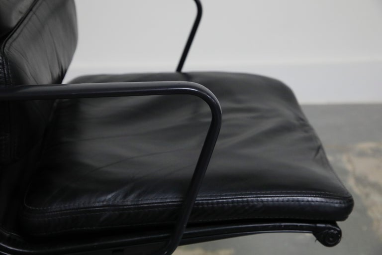 Rare Black on Black Eames Soft Pad Management Chair by Herman Miller, 1988 For Sale 8