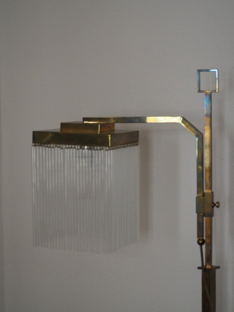 Rare Brass and Glass Floor Lamp From Vienna, Koloman Moser, Otto Wagner Style In Excellent Condition For Sale In Wiesbaden, Hessen