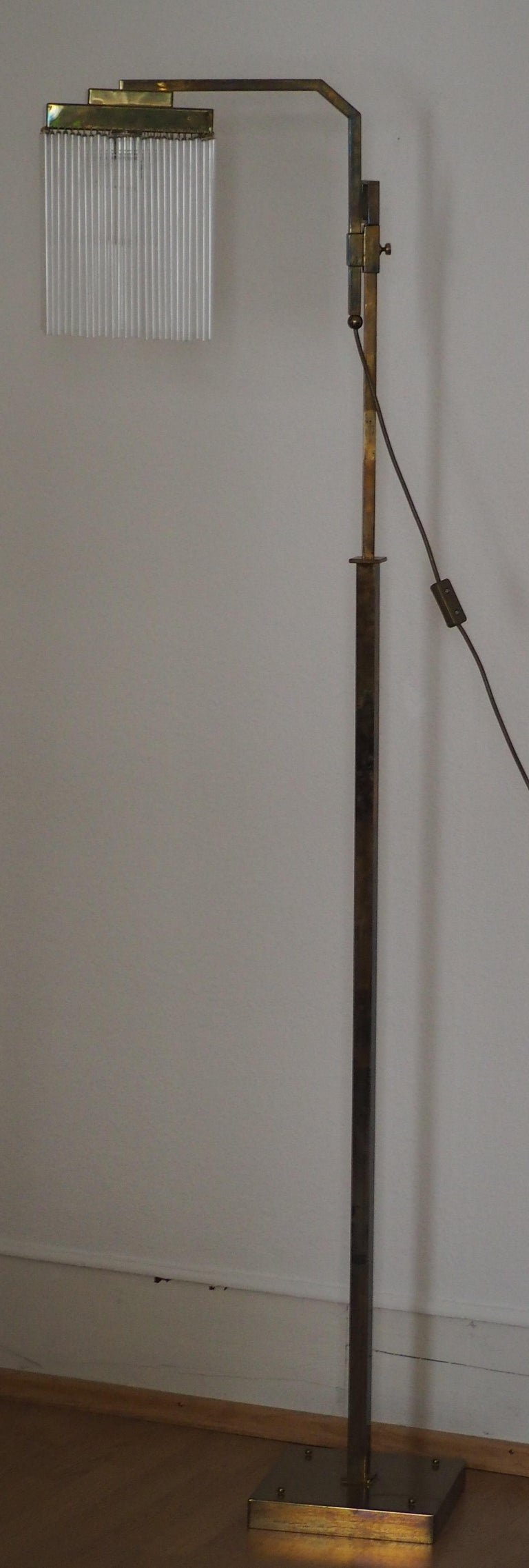 Rare Brass and Glass Floor Lamp From Vienna, Koloman Moser, Otto Wagner Style For Sale 3