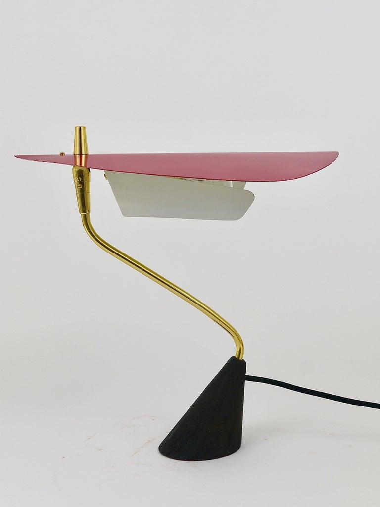 Seltene Tischlampe aus Messing von Karl Hagenauer, Österreich, 1950er 17