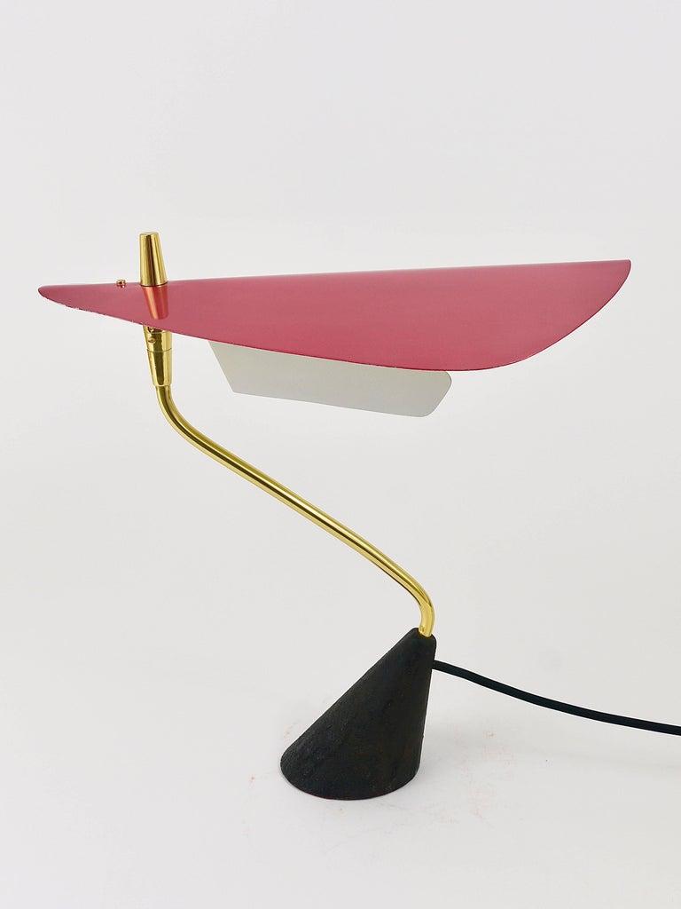 Seltene Tischlampe aus Messing von Karl Hagenauer, Österreich, 1950er 2