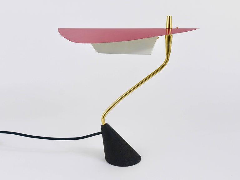 Seltene Tischlampe aus Messing von Karl Hagenauer, Österreich, 1950er 4