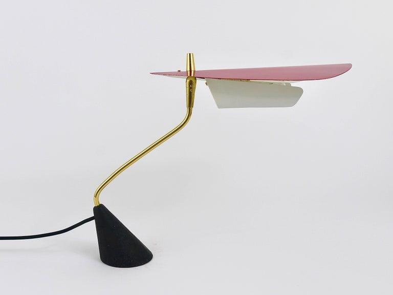Seltene Tischlampe aus Messing von Karl Hagenauer, Österreich, 1950er 6