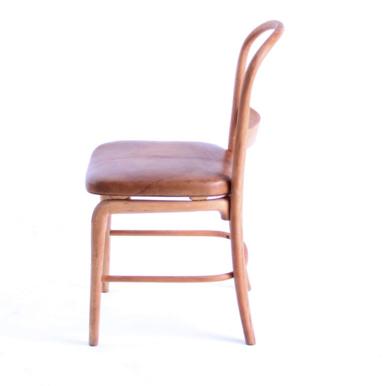 Mid-Century Modern Rare Chair by Vilhelm Lauritzen for Radiohuset, Denmark, 1940s For Sale