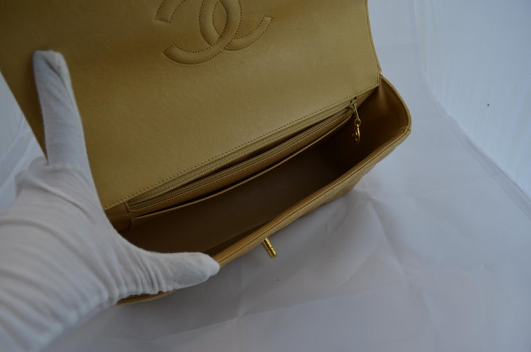 RARE Chanel Beige Quilted Leather Top Handle Medium Bag For Sale 6
