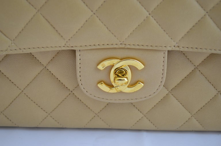 RARE Chanel Beige Quilted Leather Top Handle Medium Bag For Sale 2