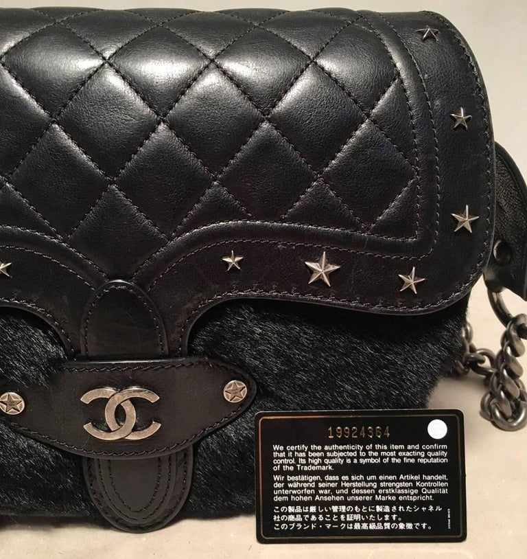 Chanel Black Fur and Leather Saddle Shoulder Bag For Sale 6