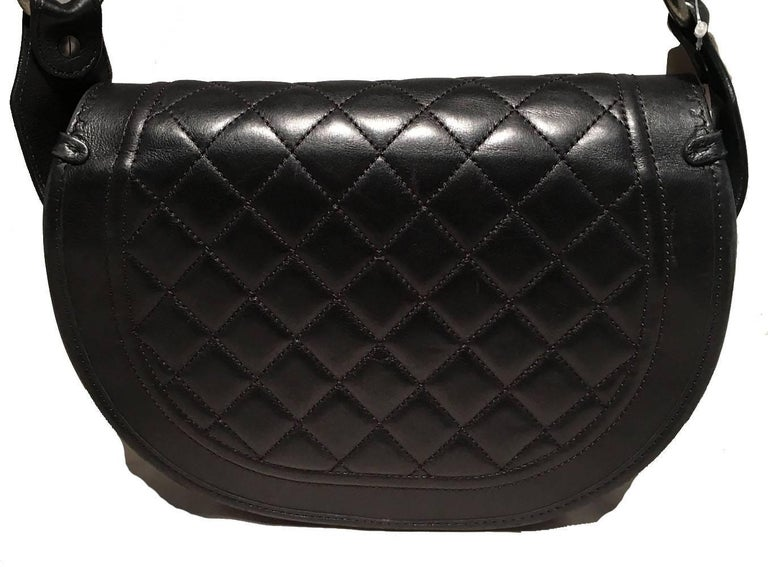 Women's Chanel Black Fur and Leather Saddle Shoulder Bag For Sale