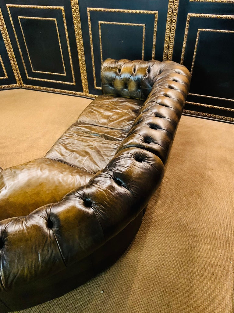 Rare Chesterfield Corner Couch Made of Real Thick Leather For Sale 7
