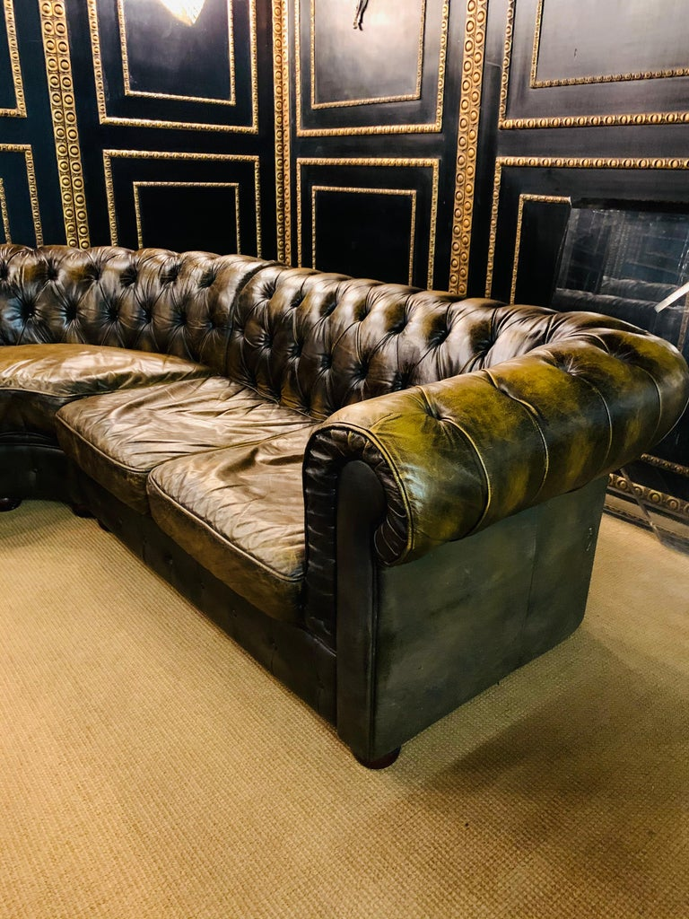 20th Century Rare Chesterfield Corner Couch Made of Real Thick Leather For Sale