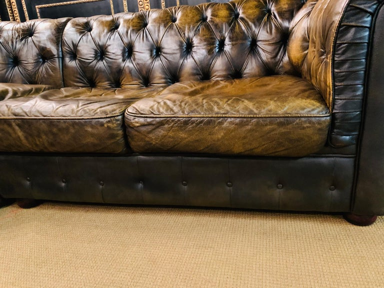 Rare Chesterfield Corner Couch Made of Real Thick Leather For Sale 1