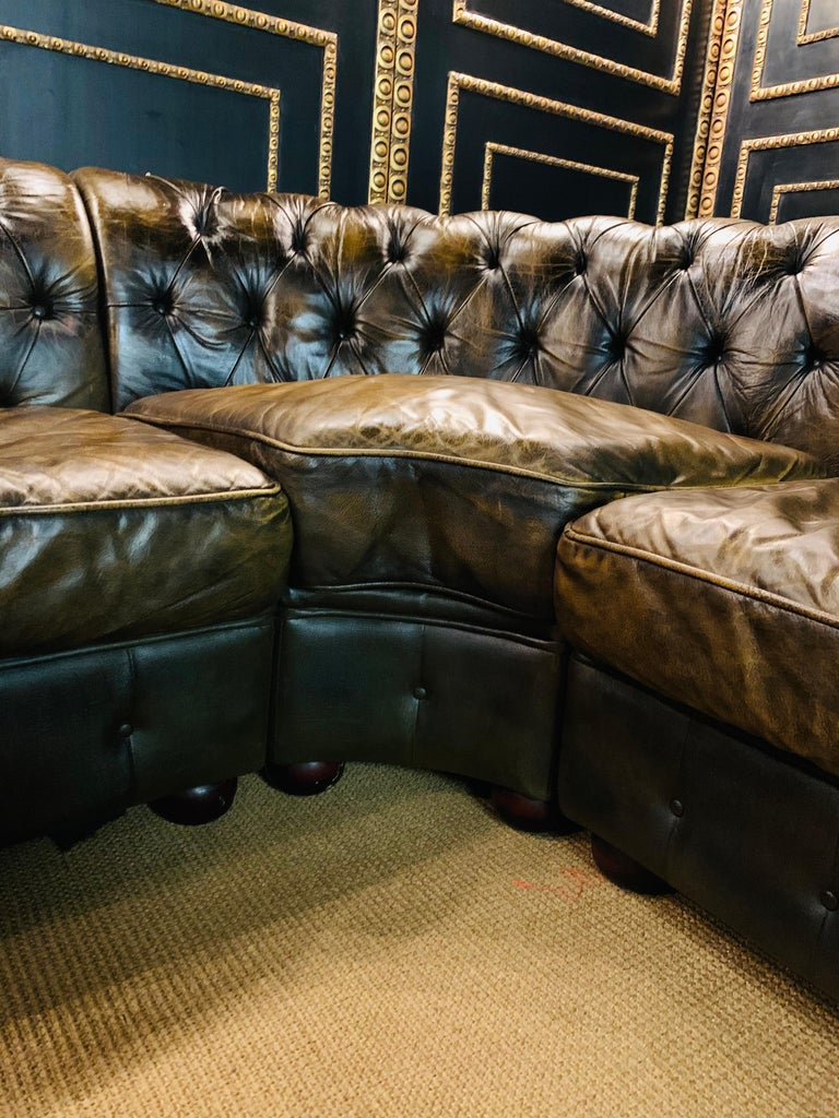 Rare Chesterfield Corner Couch Made of Real Thick Leather For Sale 4