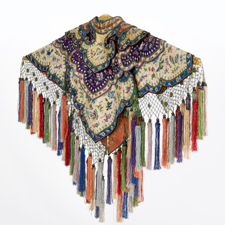 Rare Chinese Yun Jian Embroidered Silk Cloud Collar, circa 1880 For Sale 5
